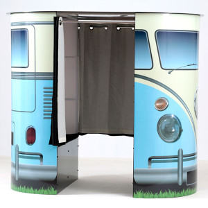 image of enclosed Vw Camper booth